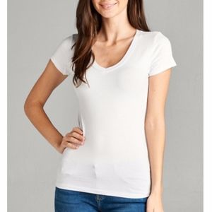Tops - White Fitted V Neck Short Sleeve Top NWT